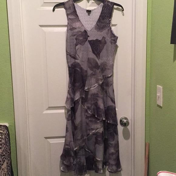 Komarov Dresses & Skirts - Komarov Pleated Tiered Long Dress M